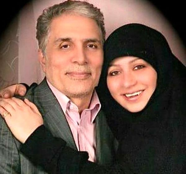 آقای گوینده خبر در آغوش دخترش+عکس