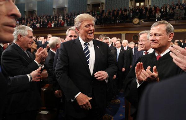 ترامپ دوباره رئیس جمهور می شود و امریکا را کاملا منزوی می کند