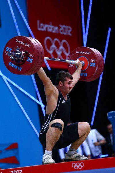 بیاعتنایی مسئولان ورزش کشور باعث شده تا متقاضیان حضور در وزنه برداری کاهش یابند