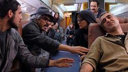 گریه جواد عزتی در لباس خلبانی/ عکس