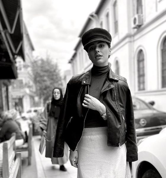 تیپ فیلم های کلاسیک دختر ستایش+عکس