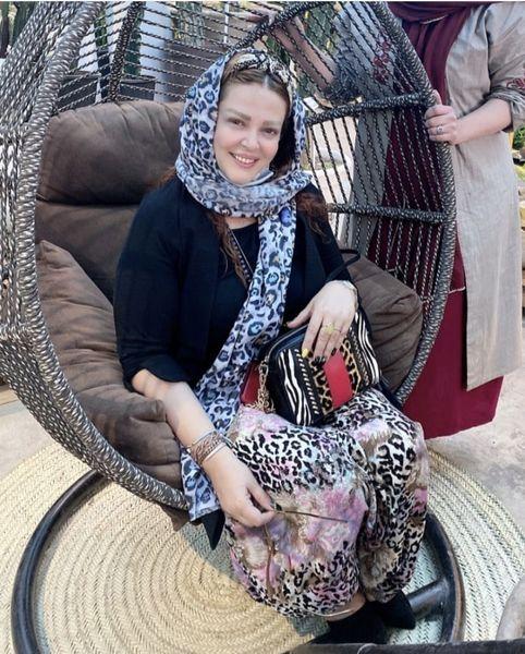 صندلی لاکچری بهاره رهنما + عکس
