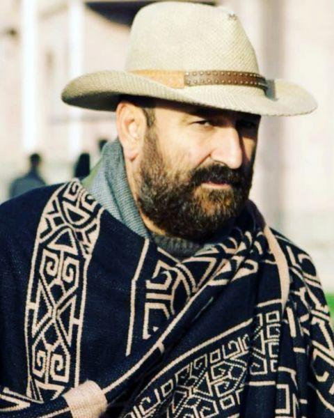 مهران احمدی با لباسهای کابویی + عکس