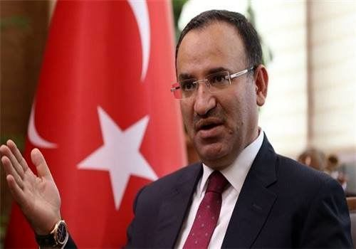 ترکیه: سیاست ما در قبال سوریه با روسیه، ایران و آمریکا فرق میکند