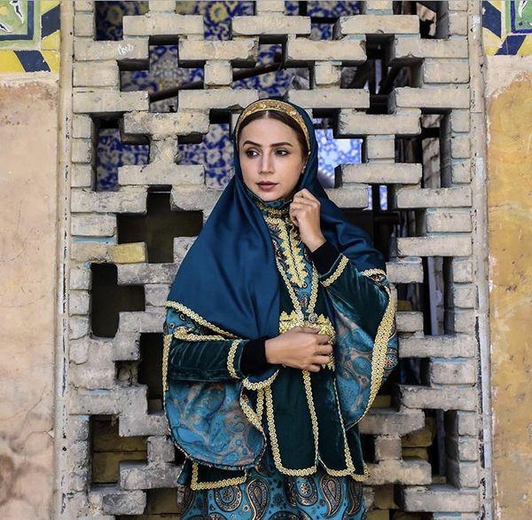 لباس مدل قدیمی شبنم قلی خانی + عکس