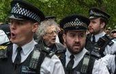 تجمع لندن در اعتراض به فاصلهگذاری اجتماعی
