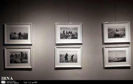 نمایشگاه عکس پیرامون در قم برپا شد
