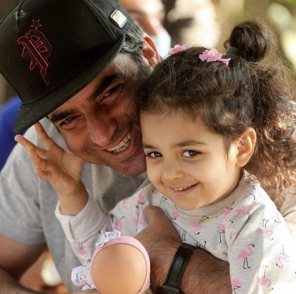 منوچهر هادی با دخترش + عکس
