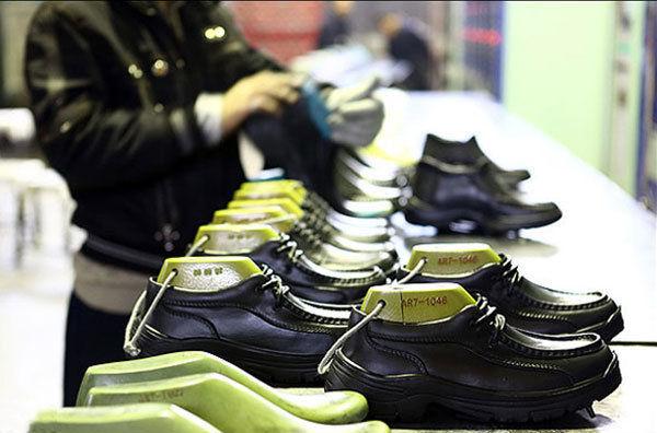 صنعت کفش ماشینی در قم + فیلم