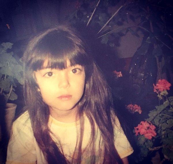 عکس کودکی خانم مجری جنجالی