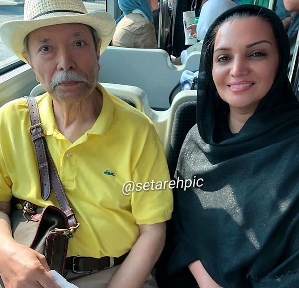 الهام پاوه نژاد و علی نصیریان در اتوبوس + عکس