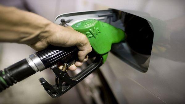 از هفته آینده عرضه بنزین سوپر در اصفهان عادی می شود