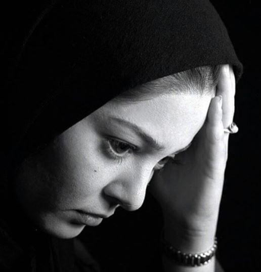 متن پر از گله رزیتا غفاری