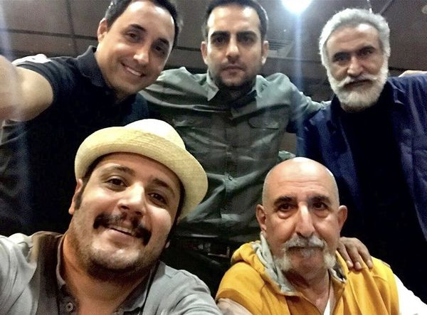 سلفی بازیگران مشهور در کنار هم + عکس