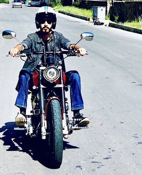 موتورسواری آقا بهتاش فریبا + عکس