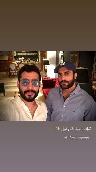 تبریک حامد کمیلی به دوستش + عکس