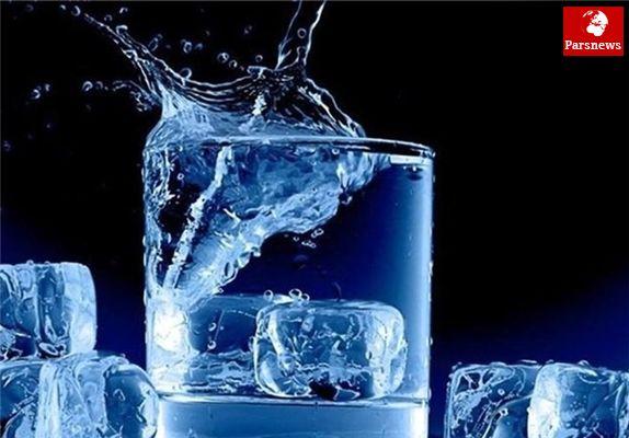 آیا باید روزانه 8لیوان آب بنوشیم؟