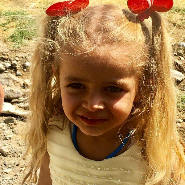 دختر موطلایی که دل نیکی کریمی را برد+عکس