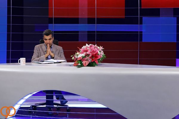 خود زنی مدیران  شبکه سه در حذف برنامه «نود» از آنتن شبکه سه