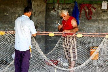 تور به طناب بافته می شود