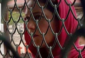 بازیگر هیولا پشت حصارهای آهنین