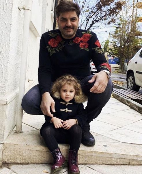 سام درخشانی و دخترش در خیابان های تهران + عکس