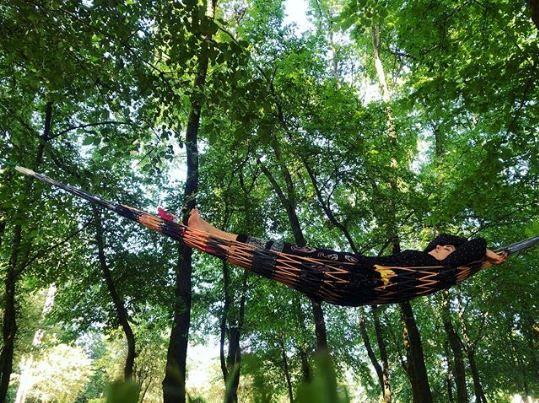 ریلکس کردن عجیب النازشاکردوست در جنگل+عکس