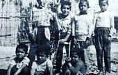 کودکی های سیاه و سفید رضا صادقی + عکس