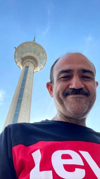 مهران غفوریان زیر برج مشهور + عکس