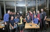 حمید لولایی و دوستانش در یک رستوران + عکس