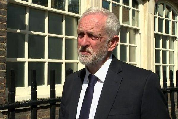 درخواست رهبر حزب کارگر انگلیس برای توقف فروش سلاح به عربستان