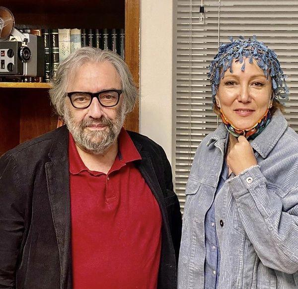 پانته آ بهرام در دفتر کار کارگردان قدیمی + عکس
