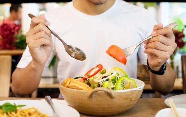 رعایت تعادل و تنوع در برنامه غذایی روزانه