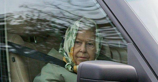 دلیل ملکه الیزابت برای کنار گذاشتن رانندگی