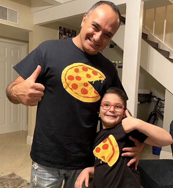 احسان کرمی و پسرش + عکس