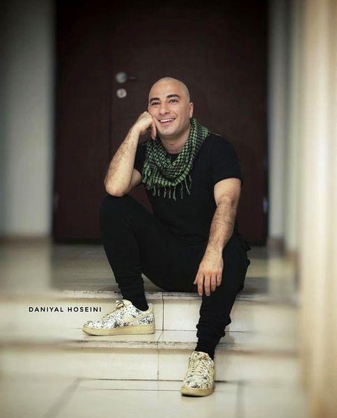 نوید محمدزاده وقتی کچل بوده + عکس