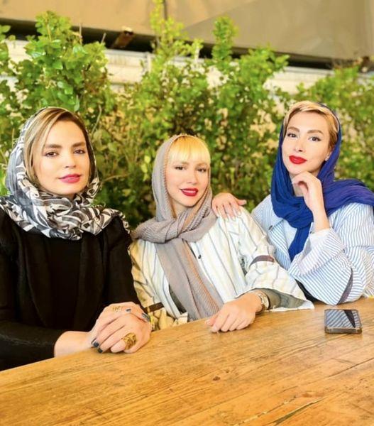 سپیده خداوردی و دوستانش در کافه + عکس