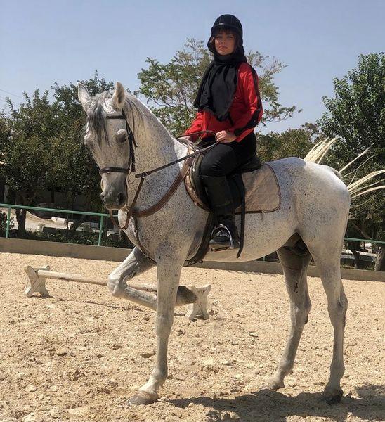 اسب سواری شراره رخام + عکس