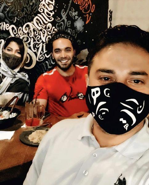 رستوران رفتن بابک جهانبخش و همسرش در کرونا + عکس