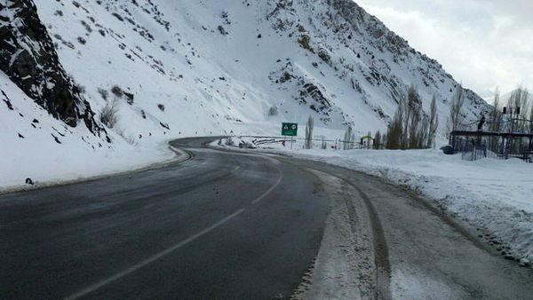 رانندگان در جادههای خراسان شمالی تجهیزات زمستانی همراه داشته باشند