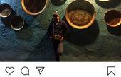 مهران احمدی در کنار دیواری عجیب در مشهد+عکس