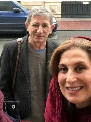 قدم زدن فاطمه معتمد آریا و همسرش در خیابان+عکس