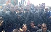 عزاداری وزیر ارتباطات در شرایط سخت+عکس