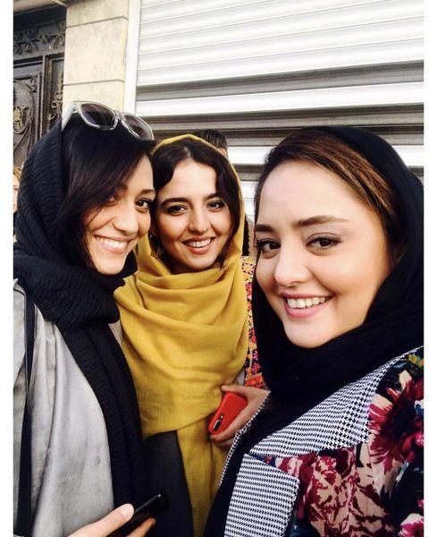 خانم بازیگر جوان و دوستانش + عکس