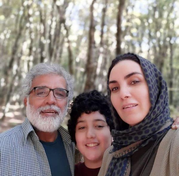 بازیگر زمین گرم در کنار همسر و فرزندش + عکس