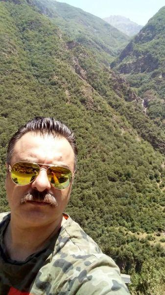 طبیعت گردی آقای بازیگر + عکس