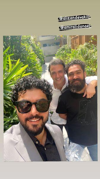 سینا مهراد در کنار دودوست مشهورش + عکس