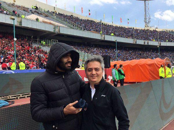 حضور مدافع مصدوم پرسپولیس در ورزشگاه آزادی