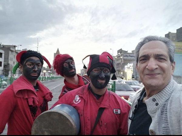 خشایار راد در بین حاجی فیروزا + عکس
