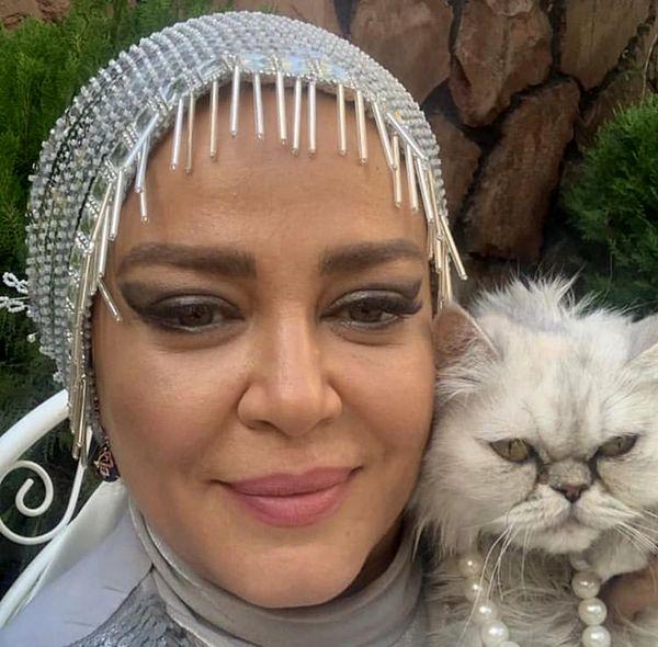 گربه عصبانی بهاره رهنما + عکس